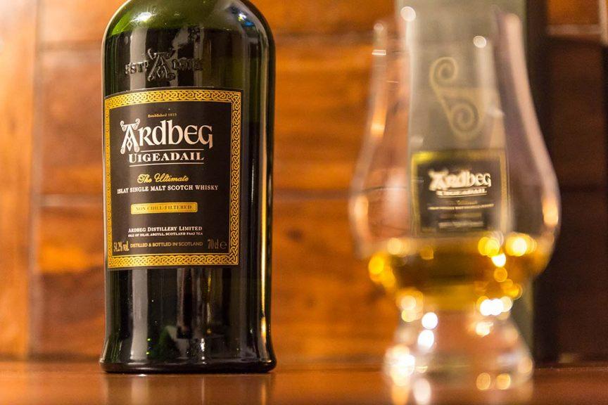 Flasche: Ardbeg Uigeadail