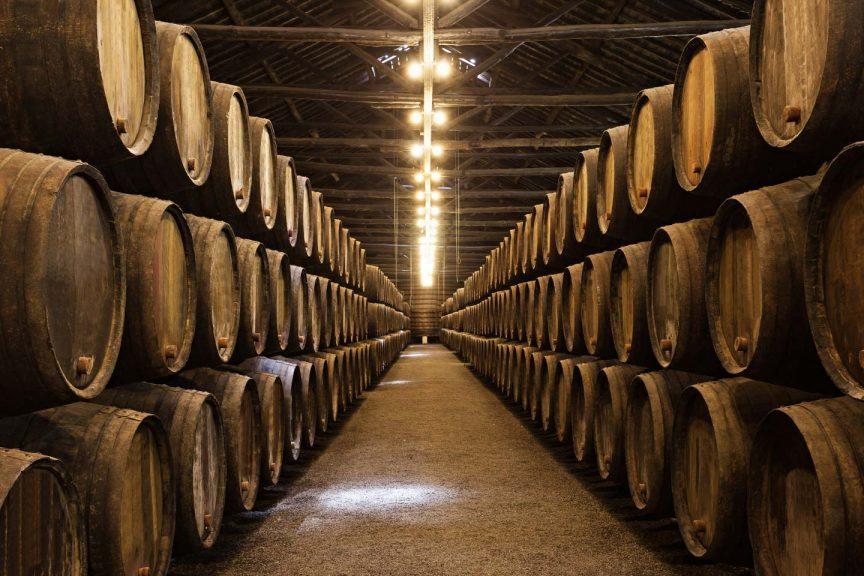 Herstellungsprozess von Whisky: Lagerung der Fässer; Fasslagerung