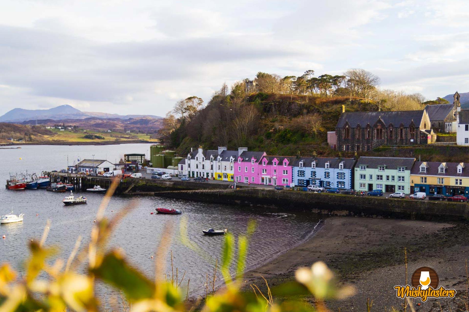 Hafenstadt Portree auf der Isle of Skye
