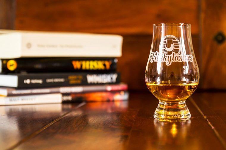 Bücher und Whisky - Whisky A-Z - Whisky Lexikon