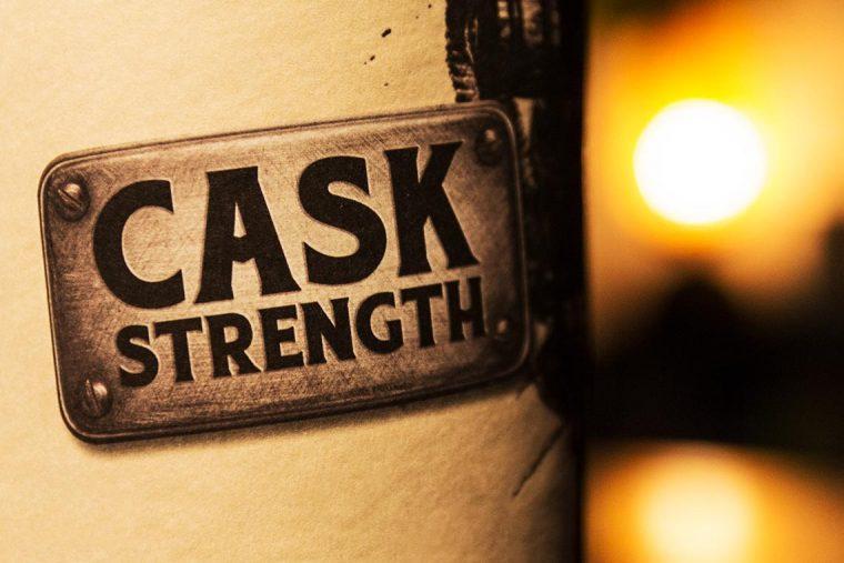 Fassstärke - Cask Strength - Whisky - Flasche