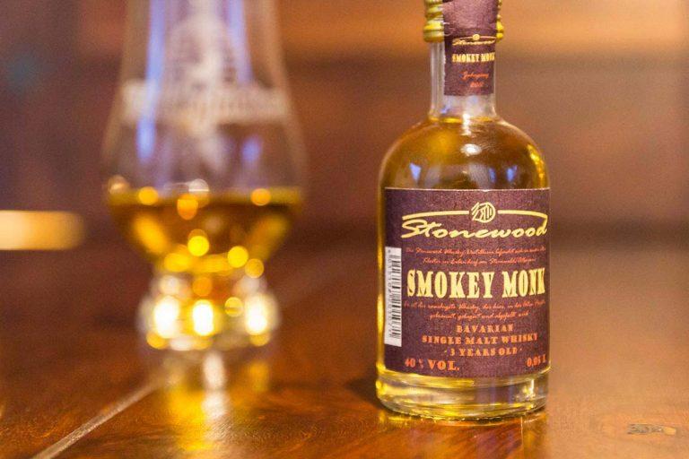 Sampleflasche: Stonewood Smokey Monk - Bayrischer Single Malt Whisky von der Brennerei Schraml